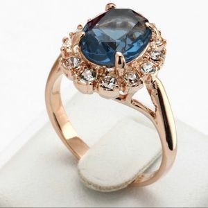 New  Beautiful 18K Rose Gold Plated Blue Ring